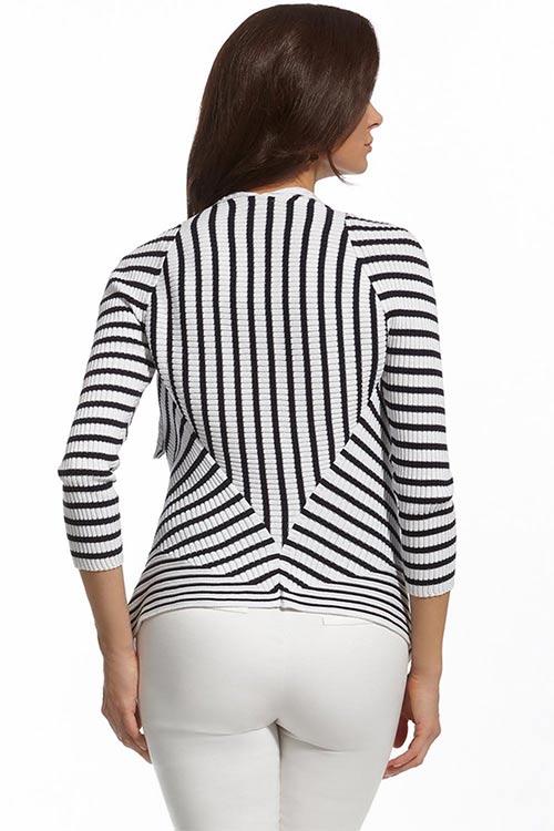 Černobílý pruhovaný dámský svetr
