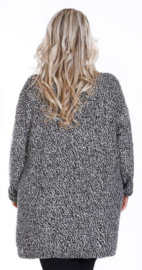 Dámský svetr pro plnější tvary