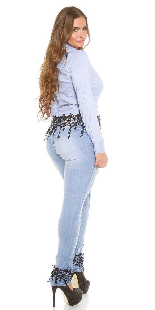 Jeansy velké velikosti
