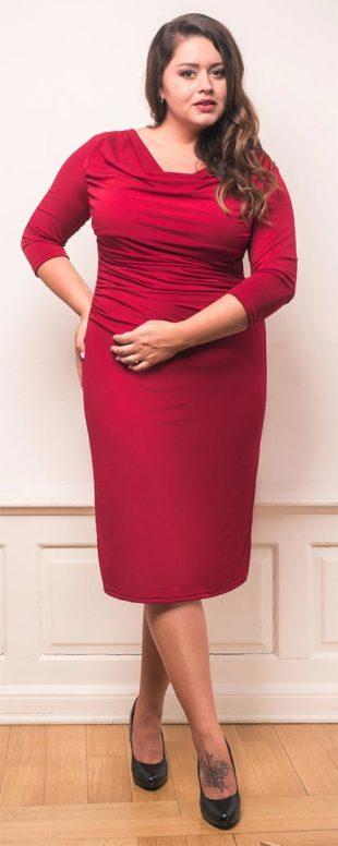 Elegantní šaty pro plnoštíhlé s předním řaseným dílem