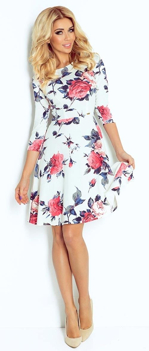 Krásné dámské šaty s motivem růží