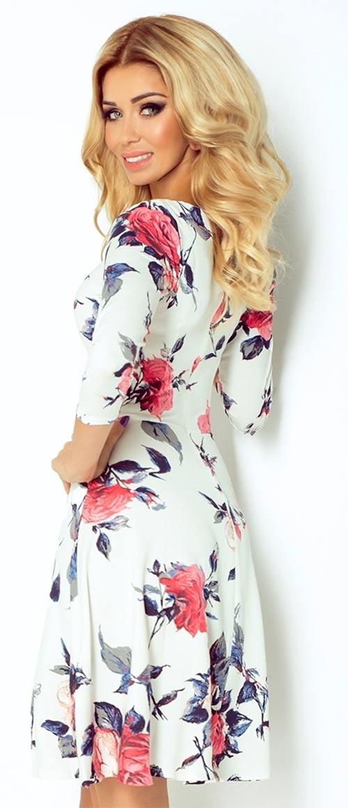 Letní šaty pro plnější tvary