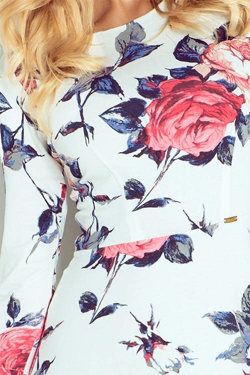 Růžičky na šatech