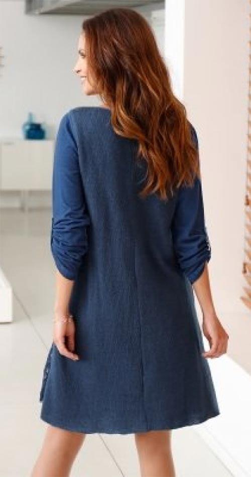 Těhotenské modré šaty