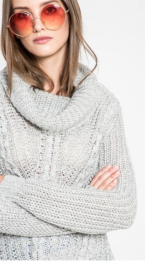 988009eab4f Pletený dámský svetr s vysokým límcem