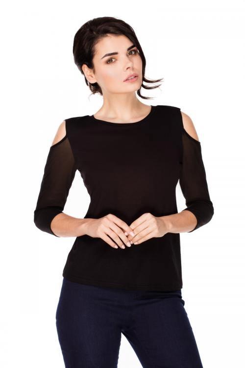 Černé tričko s průstřihy