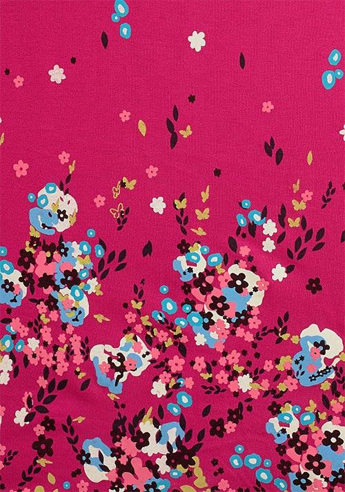 Květinový potisk na růžové látce