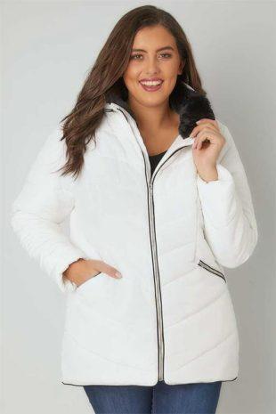 Velká bílá dámská prošívaná zimní bunda