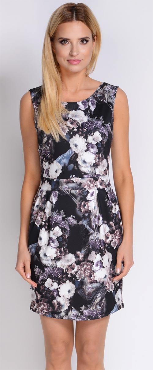 Květované šaty s mírně rozšířenými boky