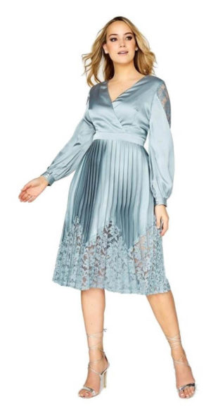 Saténové lesklé skládané šaty s krajkou