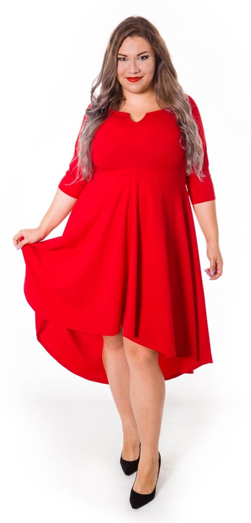 Červené společenksé šaty pro plnoštíhlé