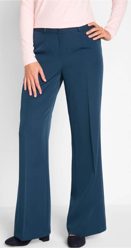Modré kalhoty pro plnoštíhlé