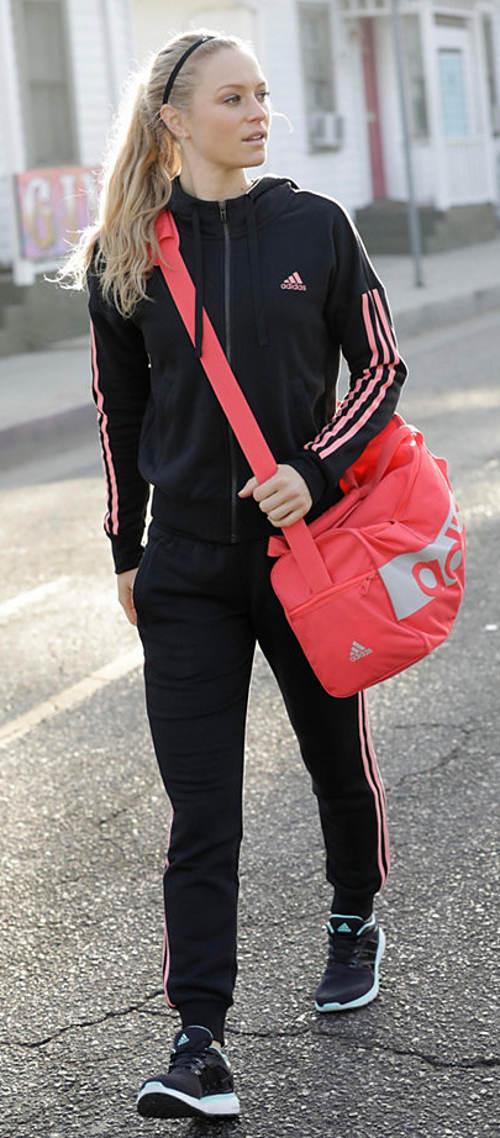 sportrotvni-obleceni-adidas