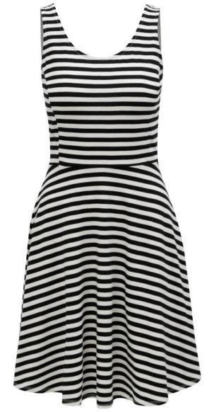 Černo-bílé pruhované letní šaty