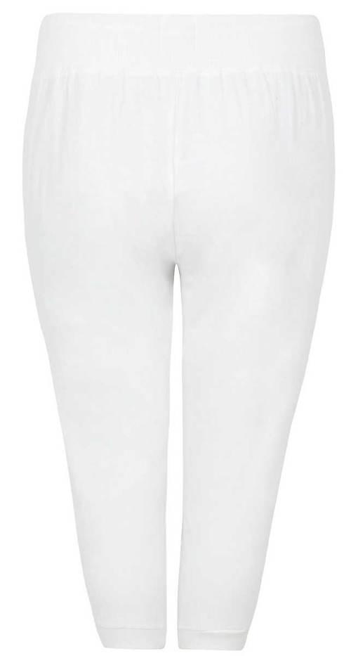 Krátké kalhoty nadměrných velikostí