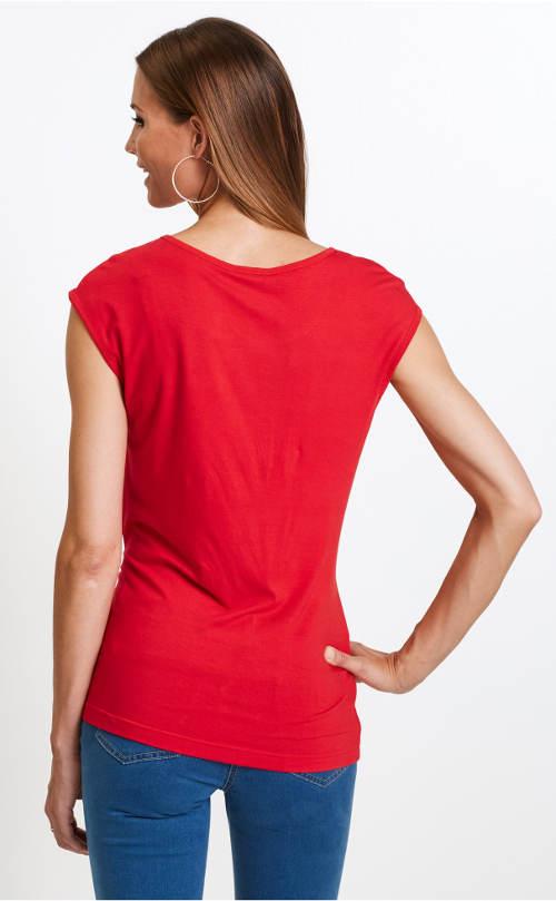 Červené nadměrné tričko bez rukávů
