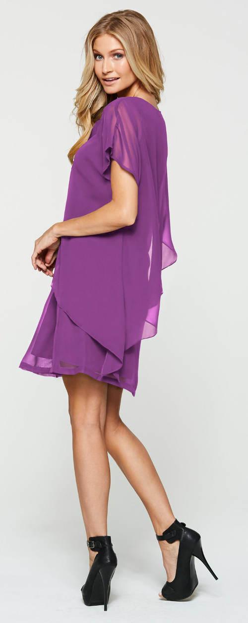 Krátké fialové společenské šaty