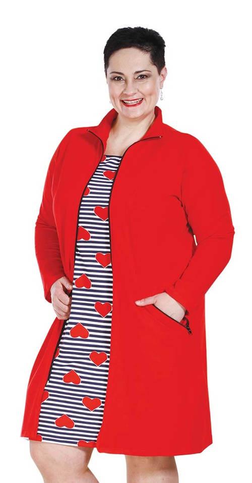 Červená podzimní bunda pro plnoštíhlé