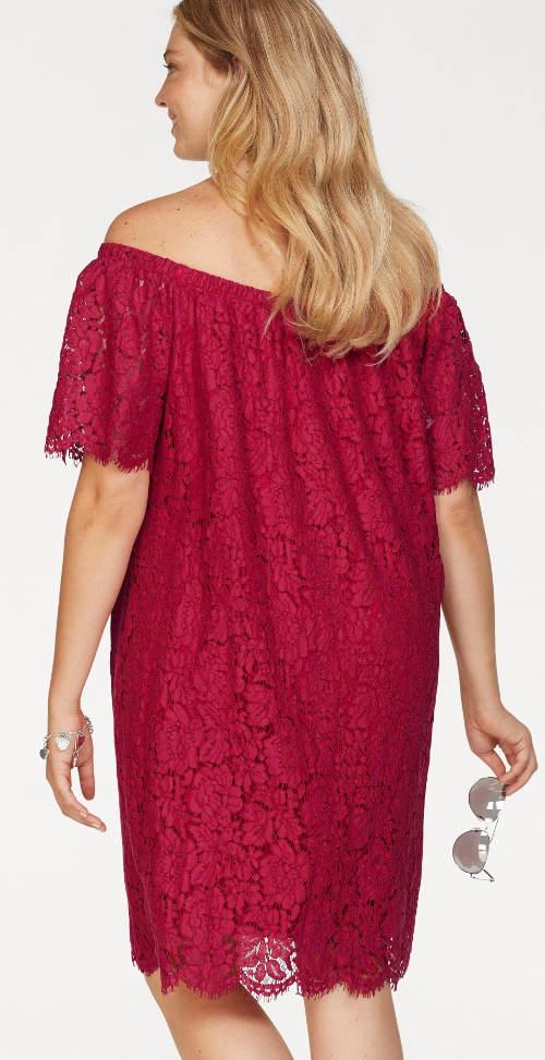 Červené plesové šaty pro plnoštíhlé