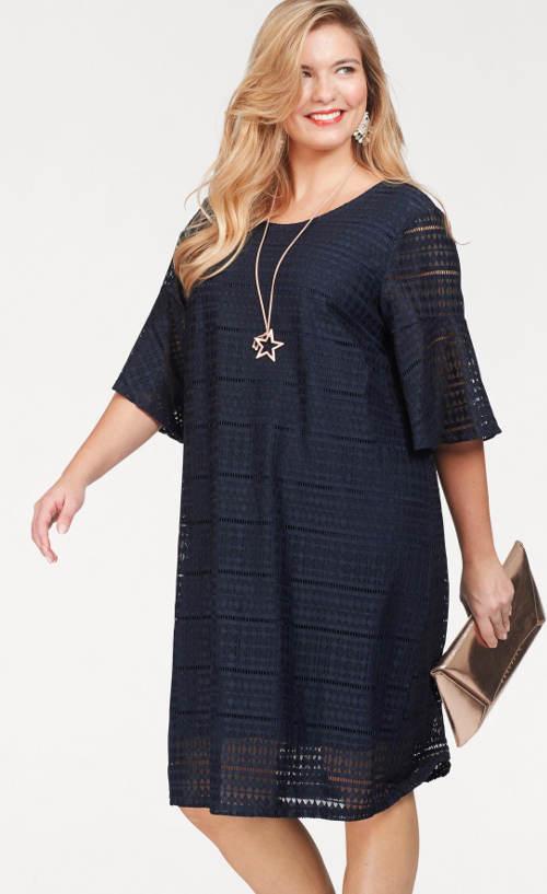 Krajkové oversized šaty v Carmen stylu
