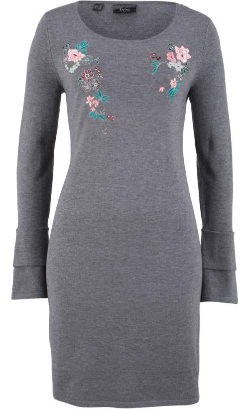 Úpletové šedé zimní šaty