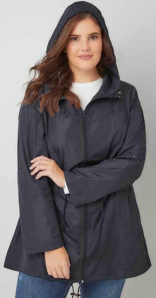 Naměrná dámská bunda s kapucí