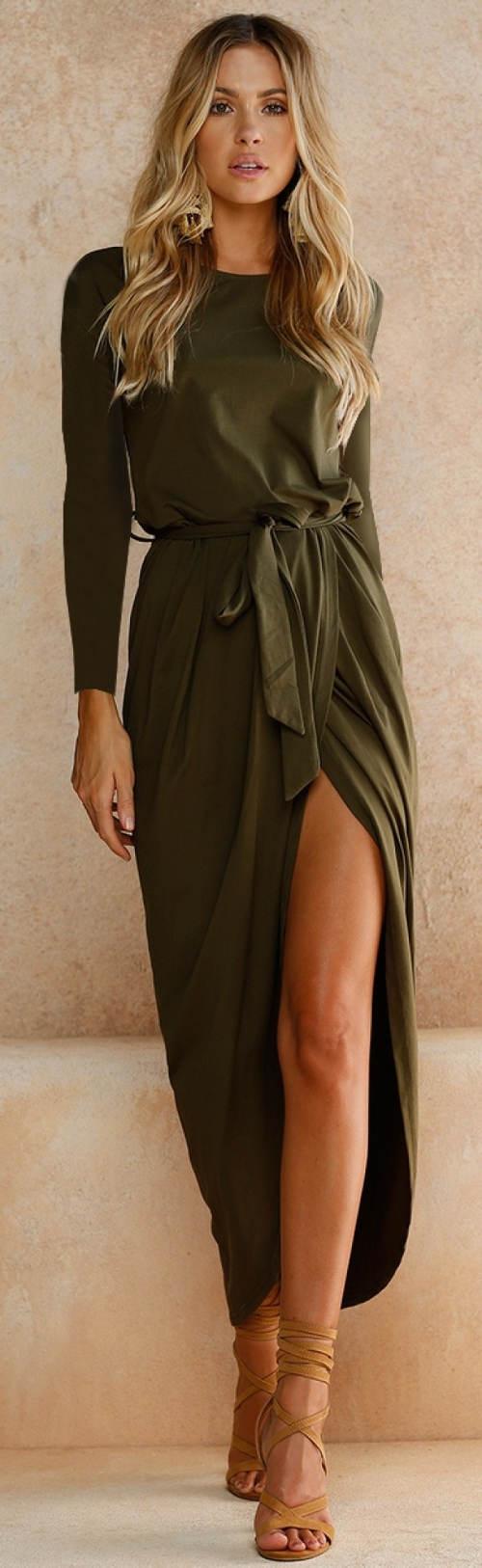1a4daadabbcf Společenské zavinovací maxi šaty · Šaty pro plnoštíhlé