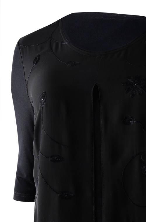 Volné tunikové šaty s třičtvrtečním rukávem