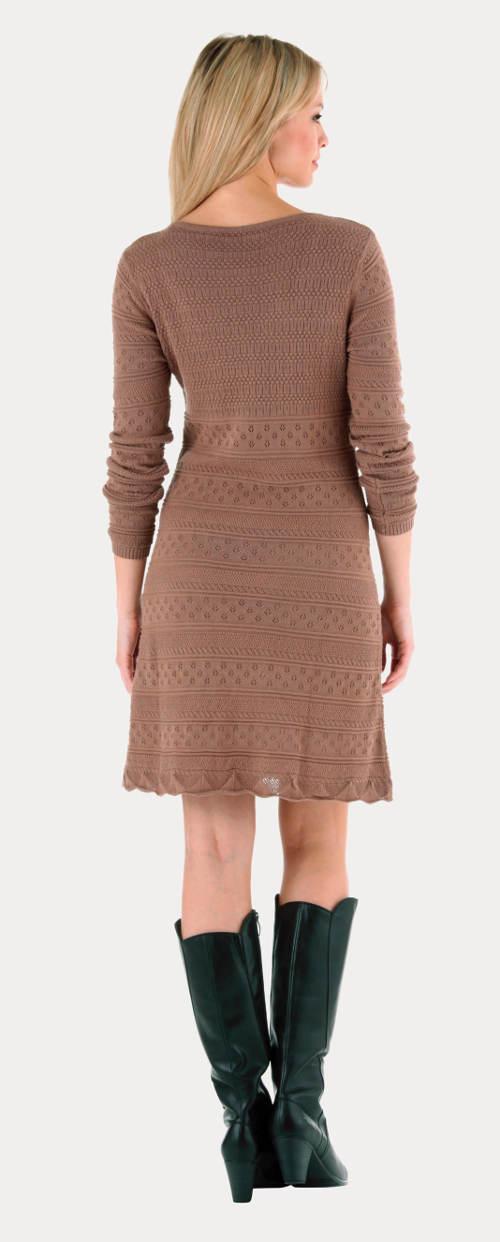 Zimní hnědé šaty s dlouhým rukávem
