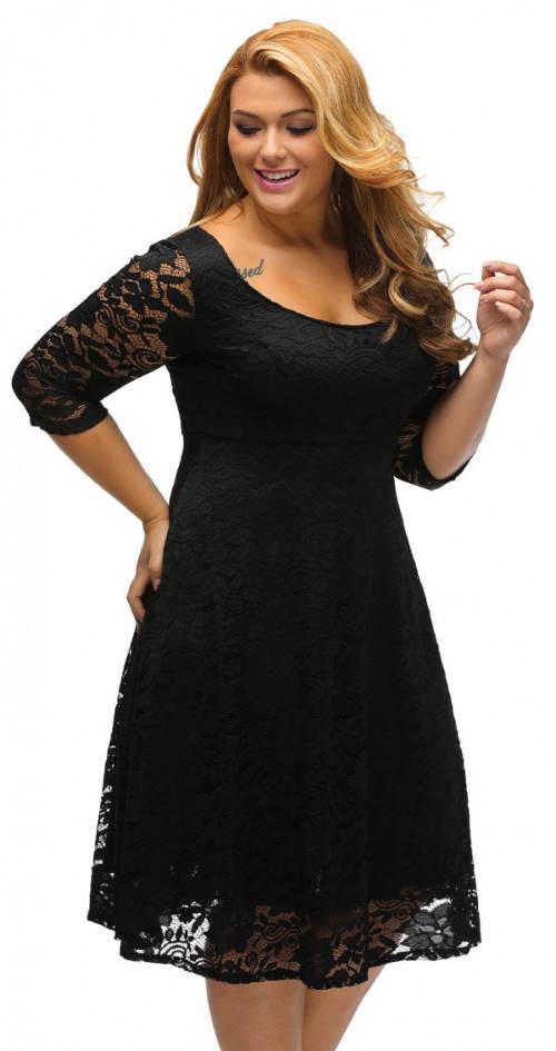 Černé krajkové šaty s tříčtvrtečním rukávem