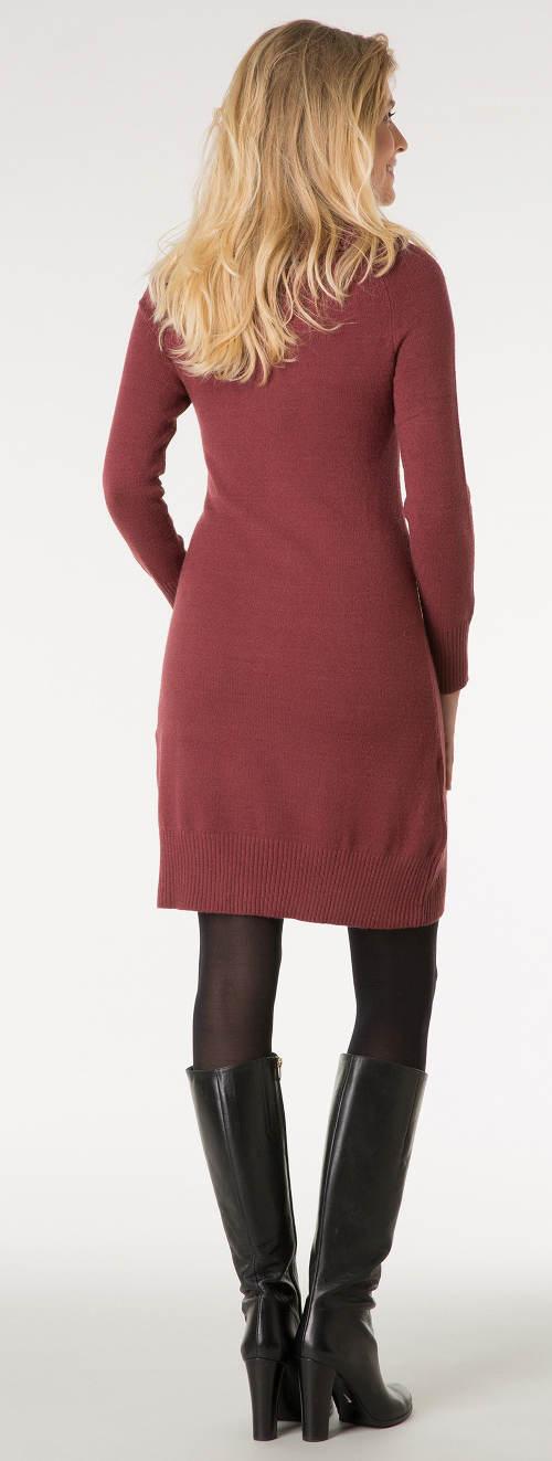 Vínové pletené zimní šaty