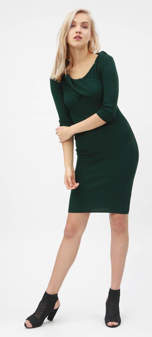 Zelené úpletové šaty s 3/4 rukávy