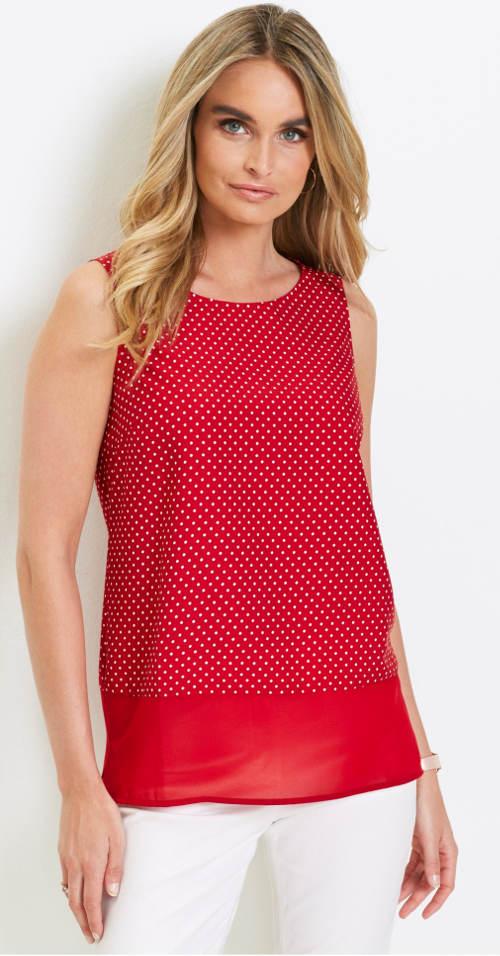 b51a8b05e811 Červená puntíkovaná halenka bez rukávů · Topy pro plnoštíhlé