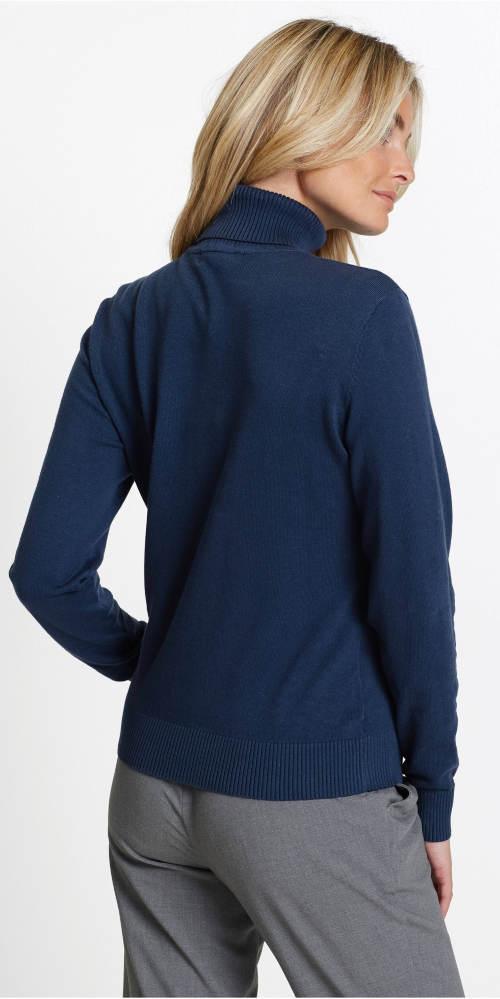Modrý rolákový svetr pro plnoštíhlé