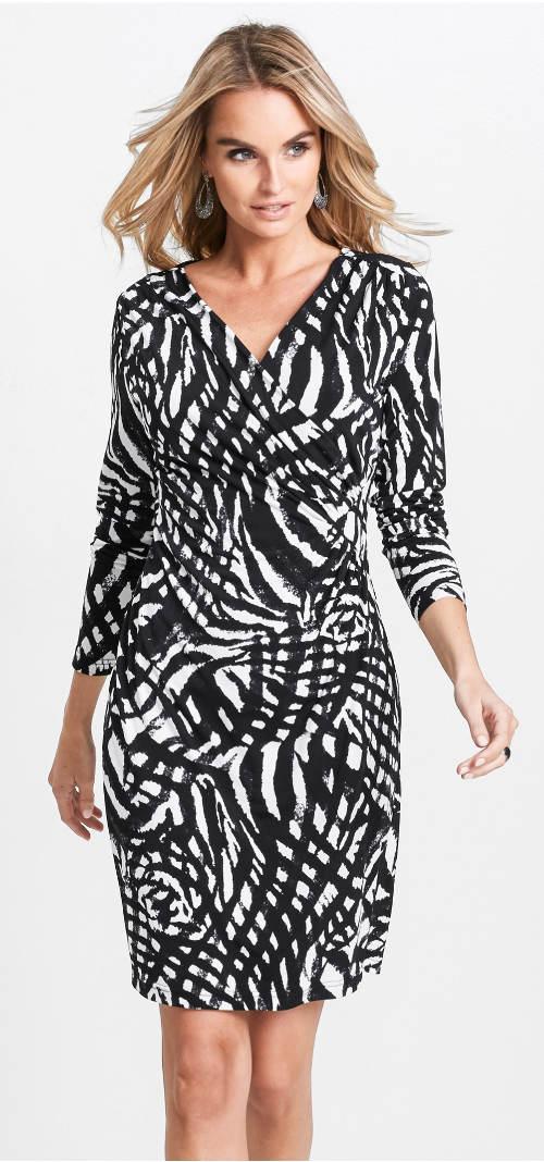 Úpletové dámské společenské šaty zavinovacího střihu