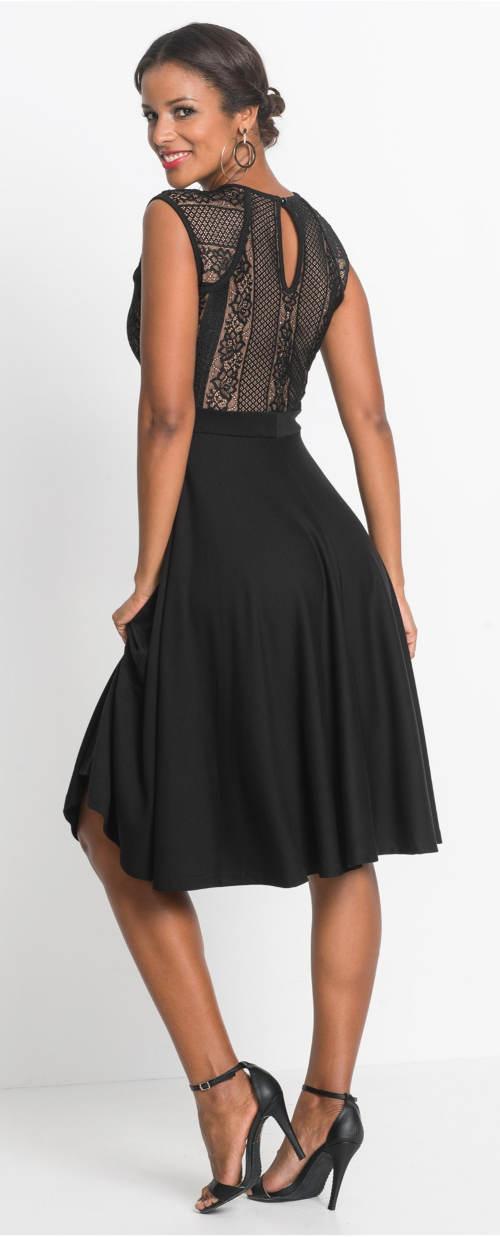 Černé plesové šaty s kolovou sukní