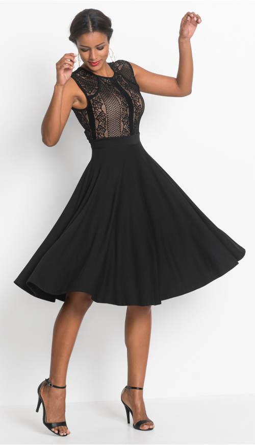 Krajkové šaty s širokou skládanou sukní
