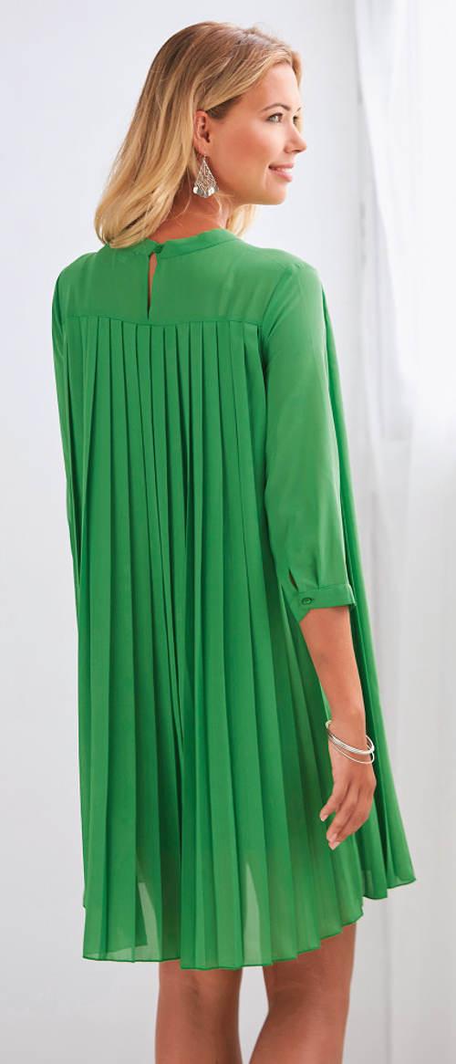 Zelené plisované plesové šaty