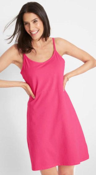 Jednobarevné letní šaty s nastavitelnými ramínky