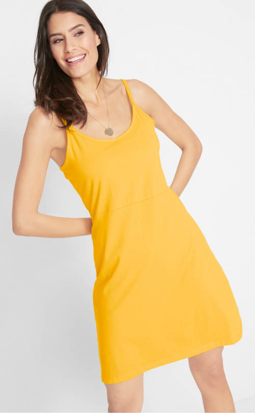 Kanárkově žluté letní šaty