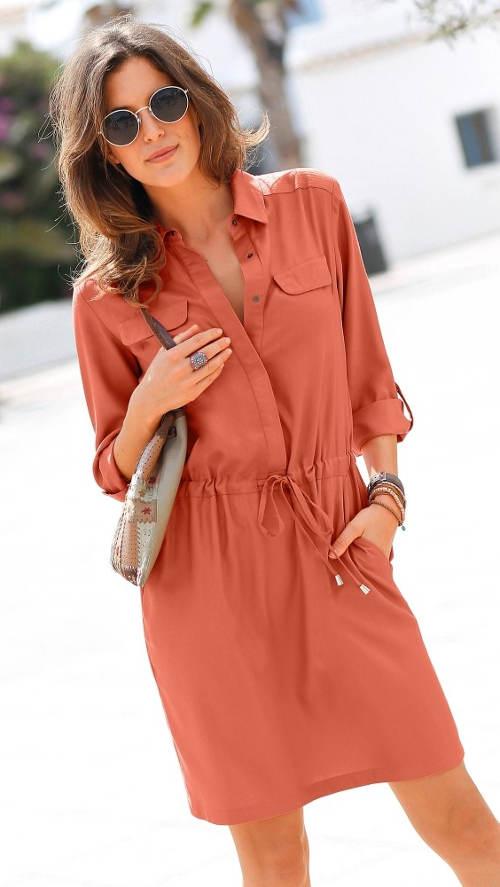 Ležérní oranžové košilové šaty