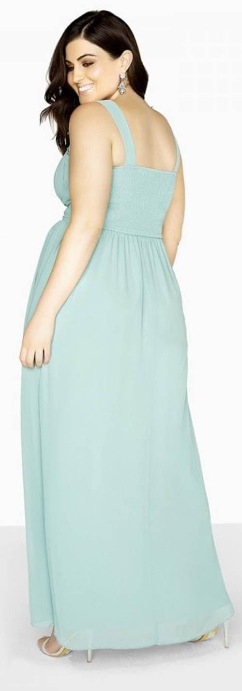 Princeznovské šaty pro baculky