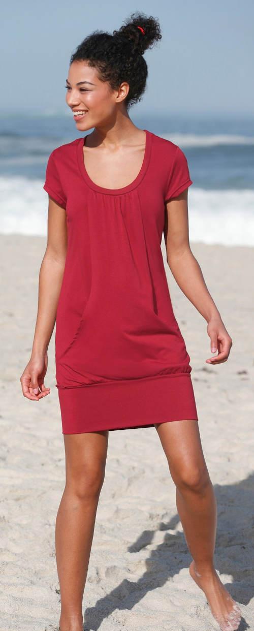 Červené plážové šaty s klokaní kapsou