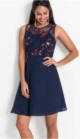 Dámské šaty s květinovou výšivkou