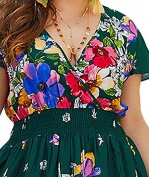 Květinové dámské šaty s překřížením na prsou