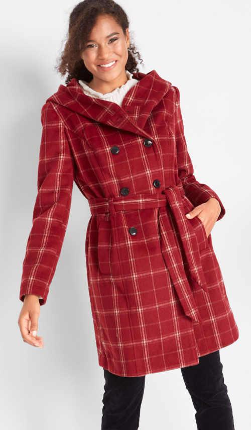 Červený kostkovaný dámský kabát