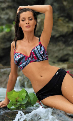 Plavky pro ženy s většími prsy