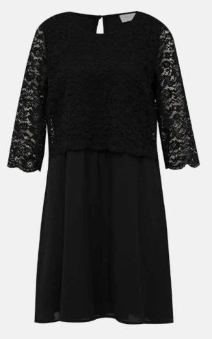 Černé šaty pro plnější tvary s krajkovým horním dílem