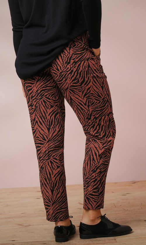 Hnědočerné dámské volnočasové kalhoty