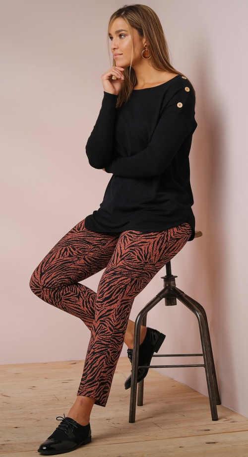 Krepové kalhoty s potiskem pro plnoštíhlé